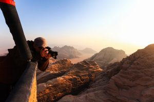 date an adventurer (nomadsoulmates.com)