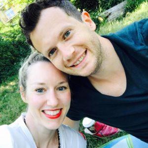 Sara and Jan (nomadsoulmates.com)